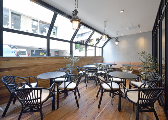 TIMES CAFEの窓際エリア