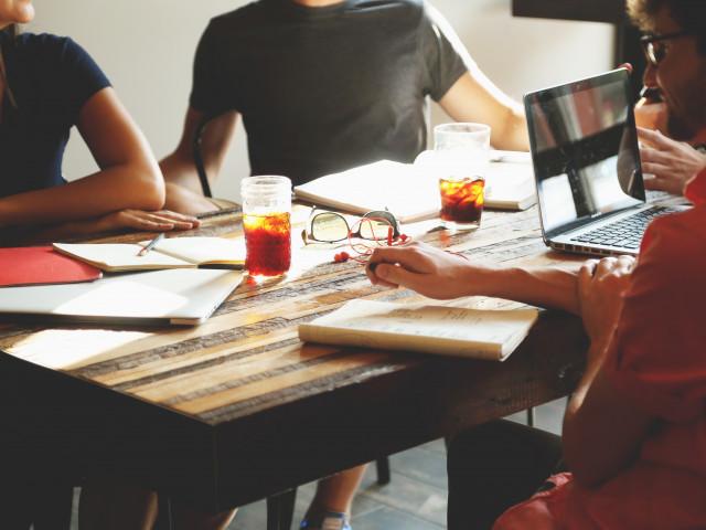 【エンジニア向け】IT系勉強会の情報収集ができるWebサイト10選