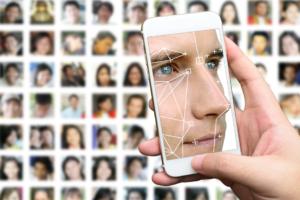 iPhoneXに搭載された顔認証「FaceID」の仕組みについて解説